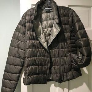 Athleta size M Taupe Puffer Jacket
